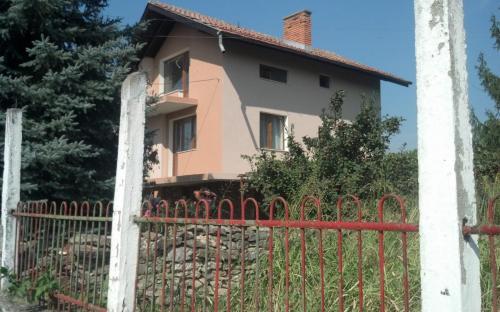 топлоизолация и външни ремонти на вила в Крапац