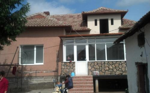 10-selo-chomakovtsi-2013-toploizolatsia.jpg