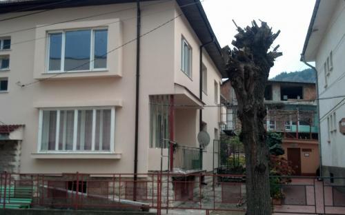 саниране на къщи във Враца и региона - приемливи цени - гарантирано качество и д